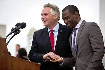 Photo of Levar Stoney Leads Fundraising but Trails Polls