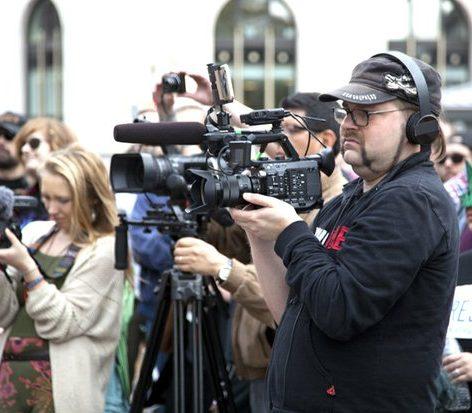 Activist videographer Robin Bell /Photo by Nancy Shia @nancy_shia