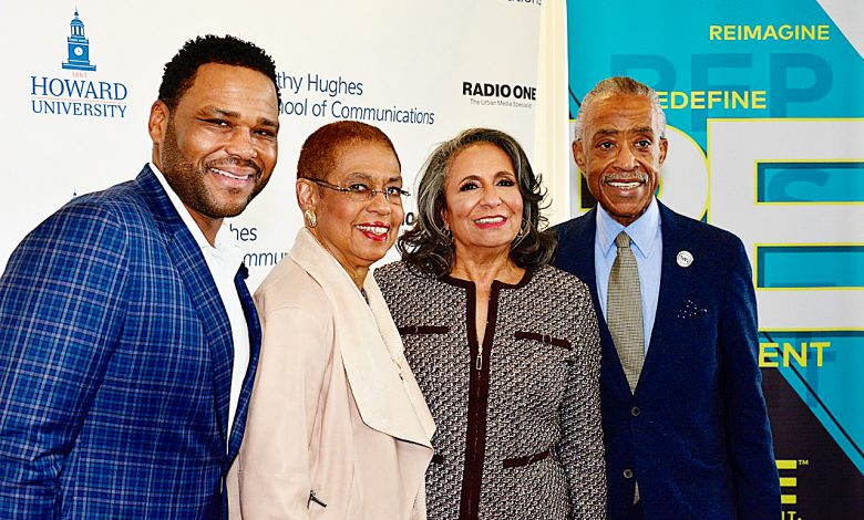 Photo of Cathy Hughes Receives Her Flowers – and Rightfully So