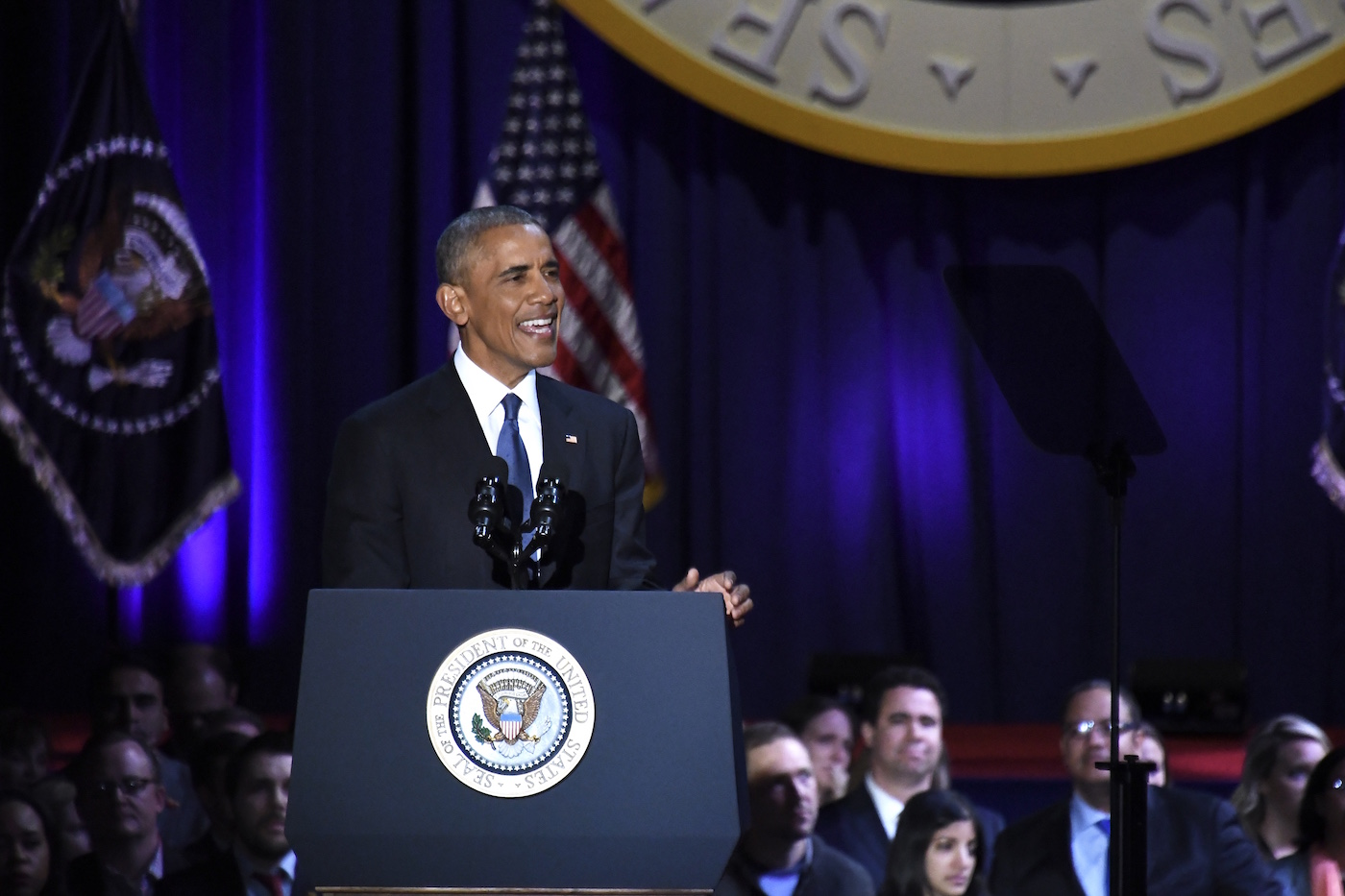 Photo of President Obama Says Farewell in Chicago (Photos by Travis Riddick)