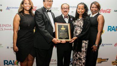 Photo of Robert Bogle Receives NNPA 2016 Lifetime Achievement Award (Photos by Shevry Lassiter)