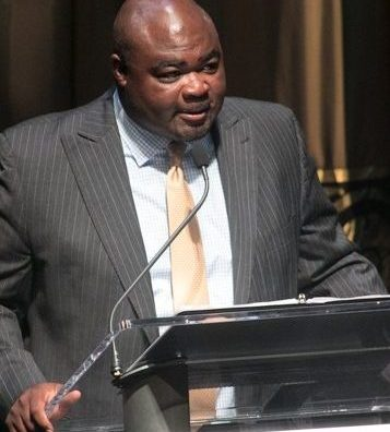 Byron Willis of Union Pacific, one of the sponsors of the CBCF 20th annual Celebration of Leadership in the Fine Arts, greets the audience at Sidney Harman Hall in Northwest on Wed., September 14.