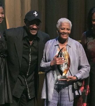 Dionne Warwick receives Lifetime Achievement award during the CBCF 20th annual Celebration of Leadership in the Fine Arts at Sidney Harman Hall in Northwest on Wed., September 14.