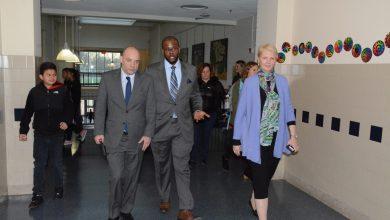 Photo of D.C. Public Schools Losing Teachers in Middle of School Year