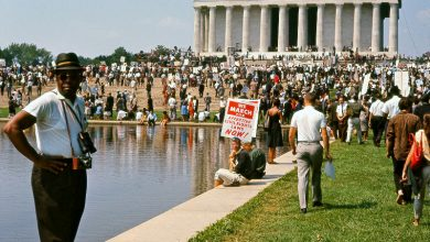 """A crowd gathers at the Lincoln Memorial for the March on Washington in """"I Am Not Your Negro."""" (Courtesy of Magnolia Pictures)"""
