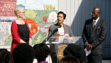 Photo of Mayor Bowser Highlights Investments in Middle Schools