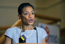 Photo of Donna Edwards Talks Health Care, Politics