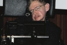Photo of Stephen Hawking: 'I Fear I May Not Be Welcome' in Trump's America