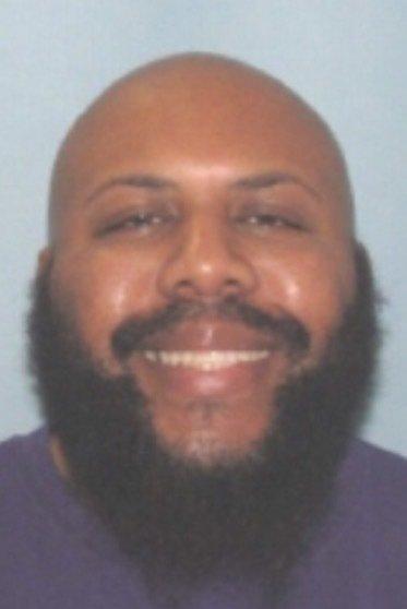 Photo of Manhunt on for Facebook Murder Suspect