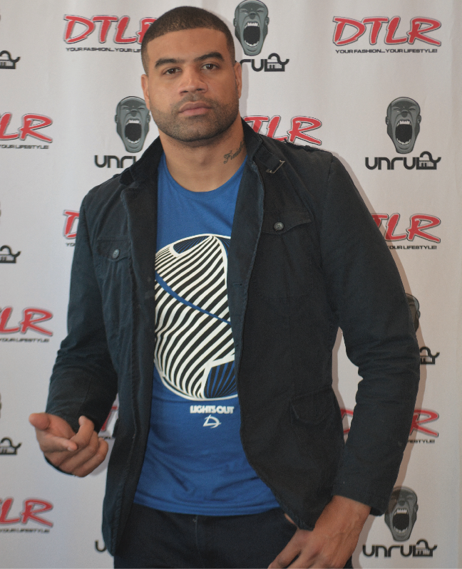 Photo of Shawne Merriman Gracefully Pivots from NFL to Clothing Biz