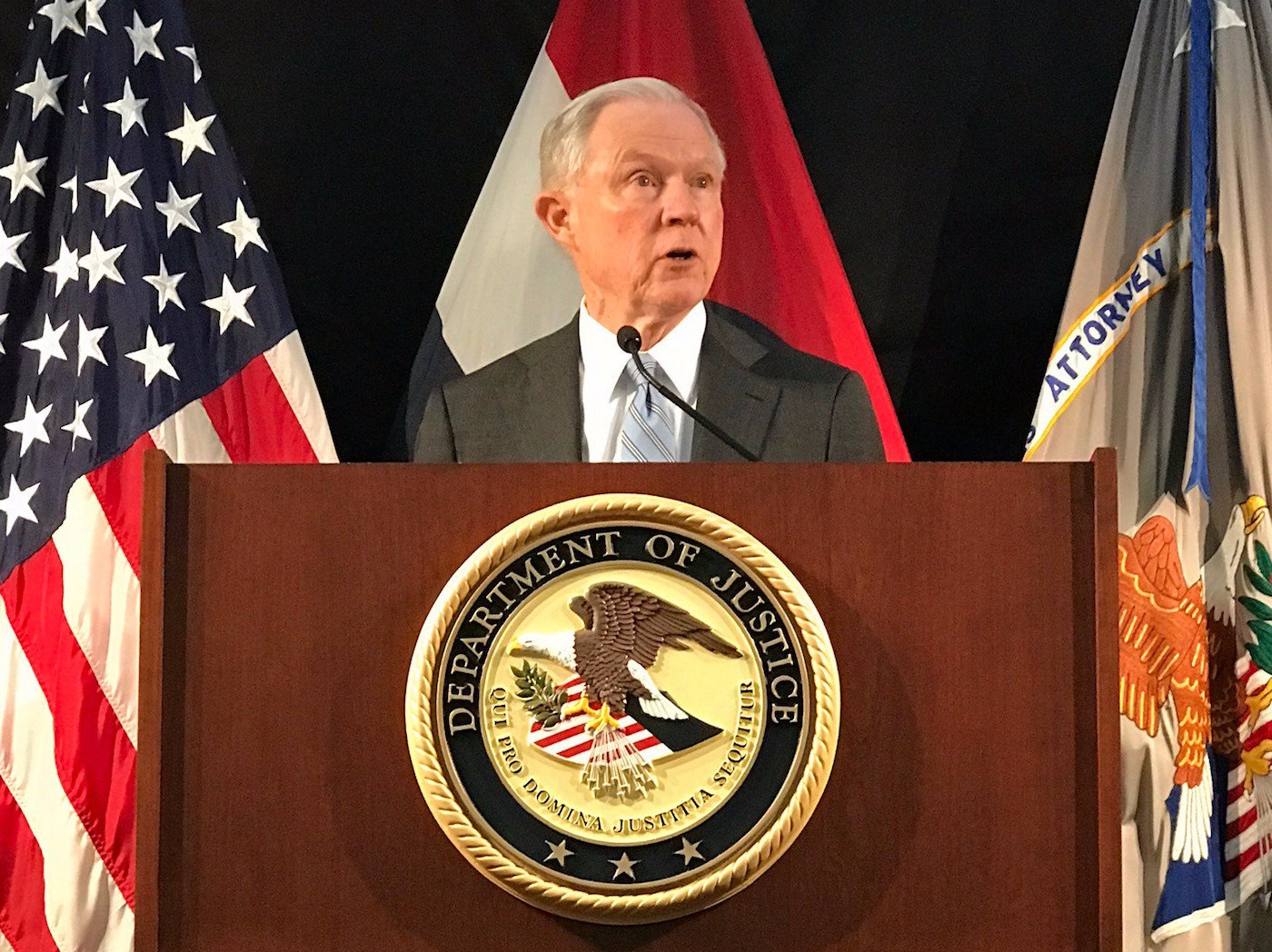 Photo of Sessions Rescinds Documents Protecting Minorities