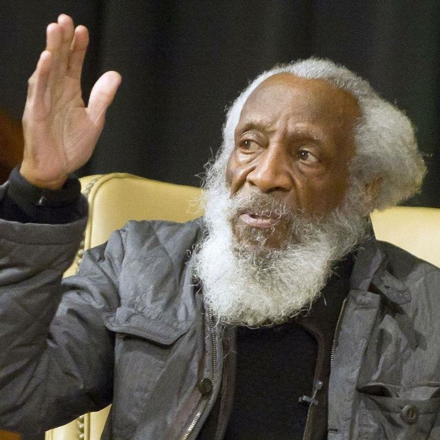Photo of Bill Cosby Gives Touching Tribute to Dick Gregory