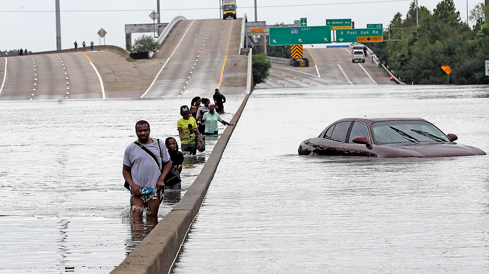 Photo of D.C. Residents Fear for Lives of Families Caught in Harvey's Wake