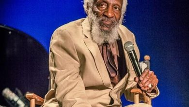 Photo of Dick Gregory, Famed Comedian and Activist, Dead at 84