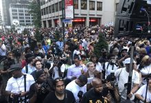 Photo of Kaepernick Backers Fill Streets at NYC Rally