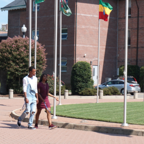 Students take a stroll on the campus of Hampton University in Hampton, Va. (Sarafina Wright/The Washington Informer)