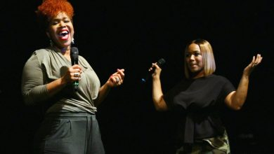 Photo of Gospel Duo Mary Mary Stops in D.C.