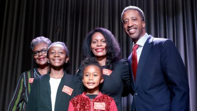 Photo of McDuffie Gets Big Support for Re-Election