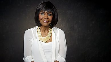 Photo of Cicely Tyson Wins Honorary Oscar at Age 93
