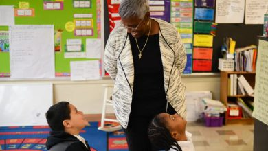 Photo of PRINCE GEORGE'S COUNTY EDUCATION BRIEFS: Principal for a Day
