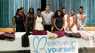 Photo of Fashion Mogul Donates Dresses to Needy Girls