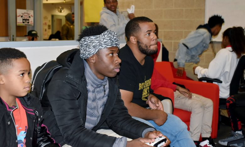 Contestants at the Video Game Tournament during the launch of the new Tech Lounge at Deanwood Recreation Center in Northeast on Dec. 7 (Kenneth Stewart/DPR)