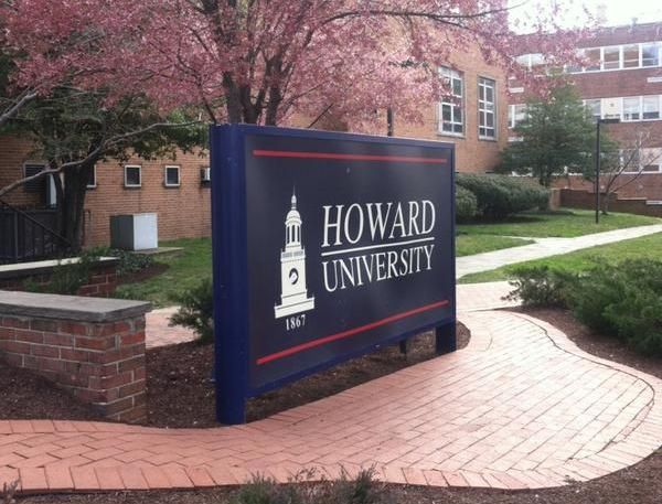 Photo of 'Howard University is Not a Dog Park or Jogging Trail': Students, Twitter Users Call Out Disrespectful Gentrifiers