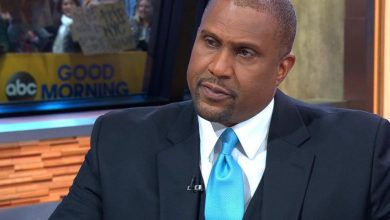 Photo of Tavis Smiley Ordered to Pay $1.5M to PBS for Harassment Suit