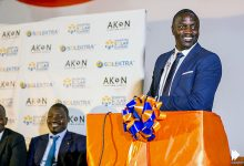 Photo of Music Star Akon Lights up Africa with Solar Company