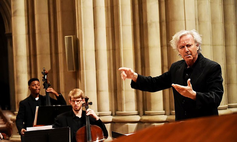 PostClassical Ensemble featuring Angel Gil-Ordoñez (Courtesy of the National Cathedral)
