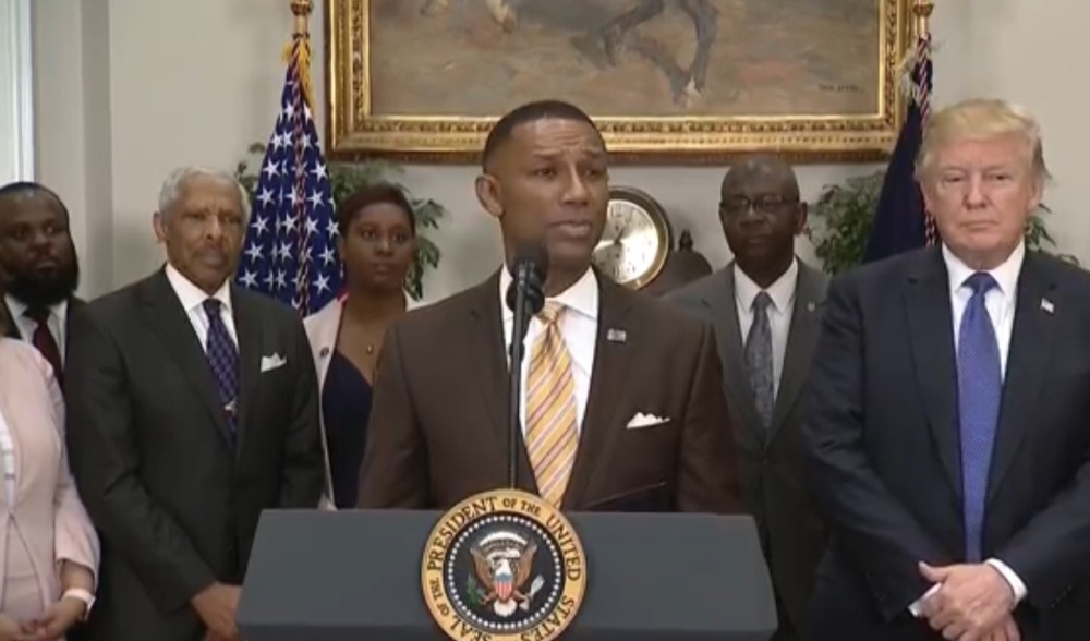Photo of Trump Appoints Ex-TMCF President Johnny Taylor as HBCU Advisory Board Chair