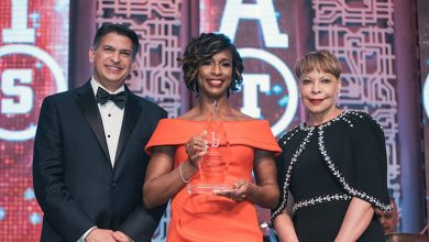 Photo of Alicia Boler Davis Honored with 2018 Black Engineer of the Year Award
