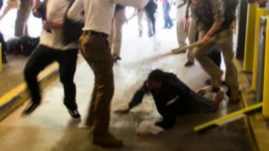 Photo of Black Man Beaten at Charlottesville Rally Acquitted of Assaulting White Supremacist