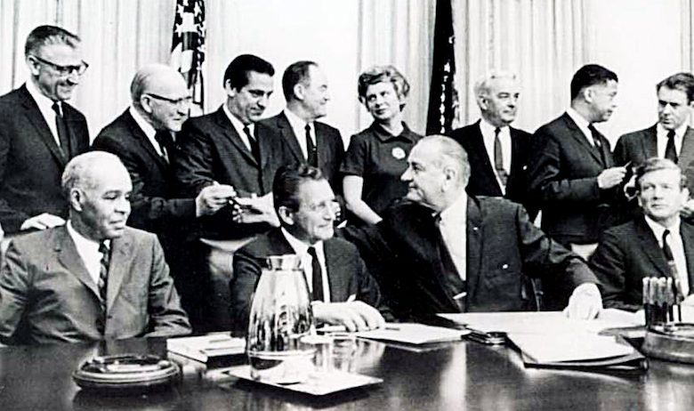 President Lyndon B. Johnson with members of the Kerner Commission (Courtesy of Columbia Journalism Review)