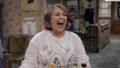 Photo of 'Roseanne' Tries to Make it OK for America to Hate Again
