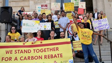 Photo of Students Join Movement for Carbon Tax