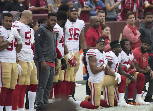 Photo of NFL Owners Agree to New National Anthem Policy; Players on Field Must Stand