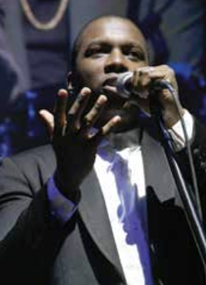 Leslie Odom Jr. performs at the District Wharf in southwest D.C. during the closing event of the DC JazzFest on June 16. (Roy Lewis/The Washington Informer)