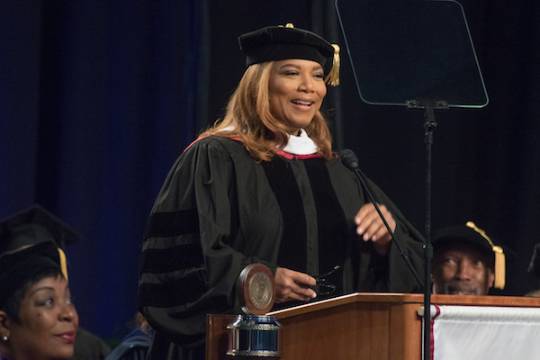 Photo of Queen Latifah Wins Award from Harvard for Contributions to Black History, Culture