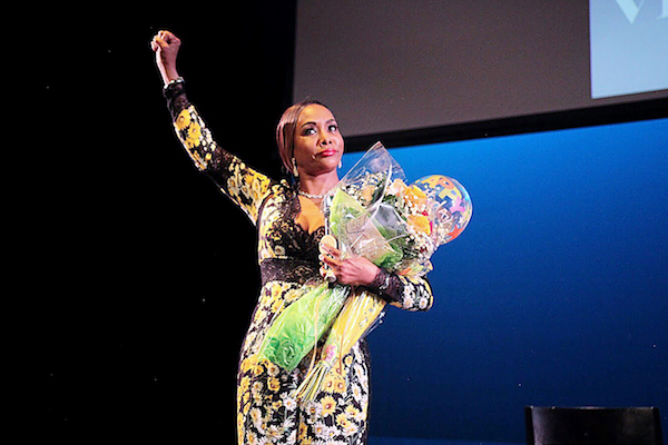 "Actress Vivica A. Fox thanks her fans after a conversation about her new book, ""Every Day I'm Hustling,"" at the Atlas Performing Arts Center in northeast D.C. on July 13. (John Simms)"