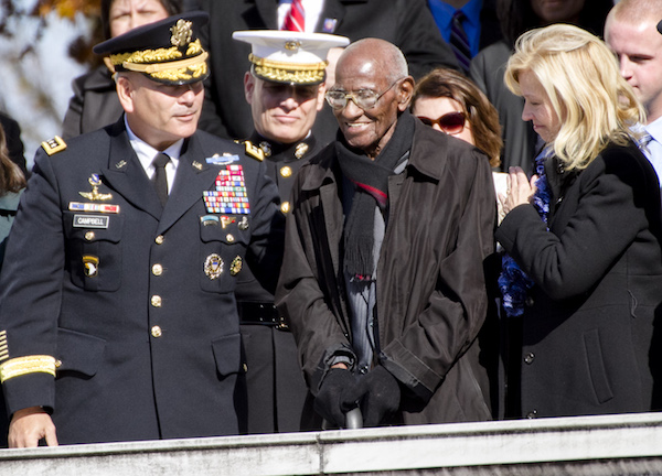 Photo of Richard Overton, America's Oldest Man and WWII Vet, Dies at 112