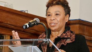 Photo of Rep. Barbara Lee Makes Historic Bid for Democratic Caucus