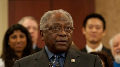 Photo of MORIAL: Clyburn Endorsement Demonstrates Power of Black Vote