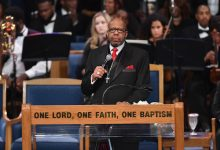 Photo of Aretha Franklin's Family Blasts Pastor Who Delivered Eulogy