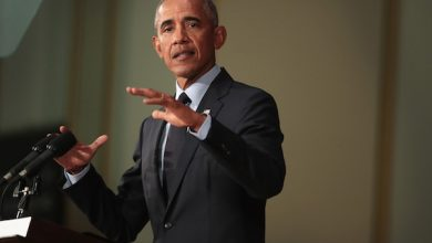 Photo of Obama: College Athletes Should Be Paid