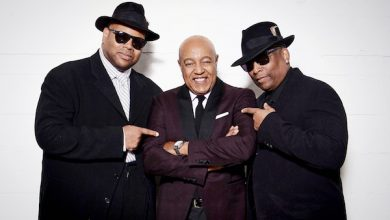 Photo of Peabo Bryson Still Lights the Flame, Fans 'Feel the Fire'