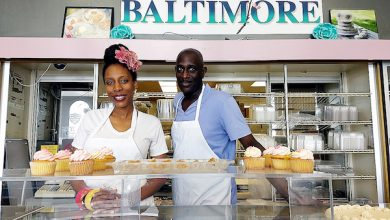 Photo of Lawyer Opens Bakery in Baltimore to Much Fanfare