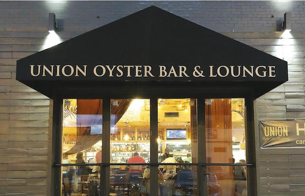 Union District Oyster Bar & Lounge