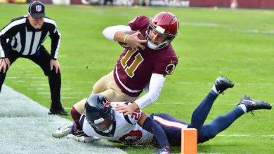 Photo of Texans Edge Redskins, QB Smith Exits with Gruesome Leg Injury