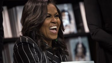 Photo of Michelle Obama Wins Grammy for Memoir